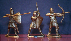 REAMSA Reissue 60mm Crusader Knights in Gold Color Plastic - A Set of 6 Figures in 6 poses