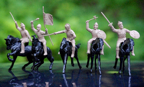 REAMSA Mounted CONQUISTADOR Toy Soldiers in Tan Plastic on IDEAL WAR HORSES in Black Plastic