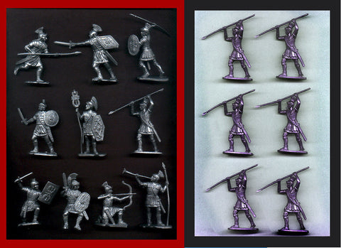 Reamsa Roman Infantry, 16 Plastic Toy Soldiers in Silver Plastic 60mm