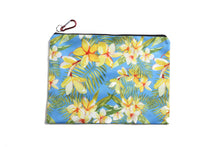 Load image into Gallery viewer, Pouch Set Everyday Hawaii Plumeria Yellow 3-piece