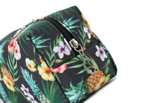 Load image into Gallery viewer, Pouch Medium Everyday Hawaii Pineapple Black