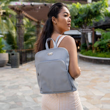 Load image into Gallery viewer, Backpack Sasha Tapa Tiare Embossed Grey