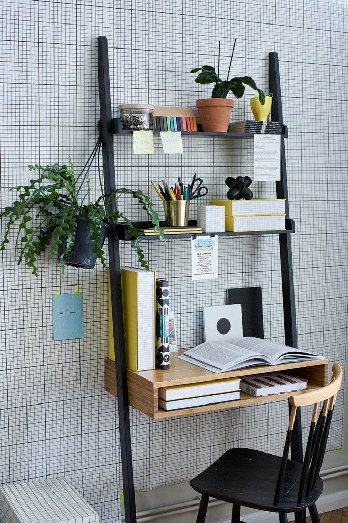 Monochrome Shelfie idea