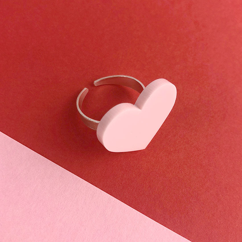 Love Shout Heart ring