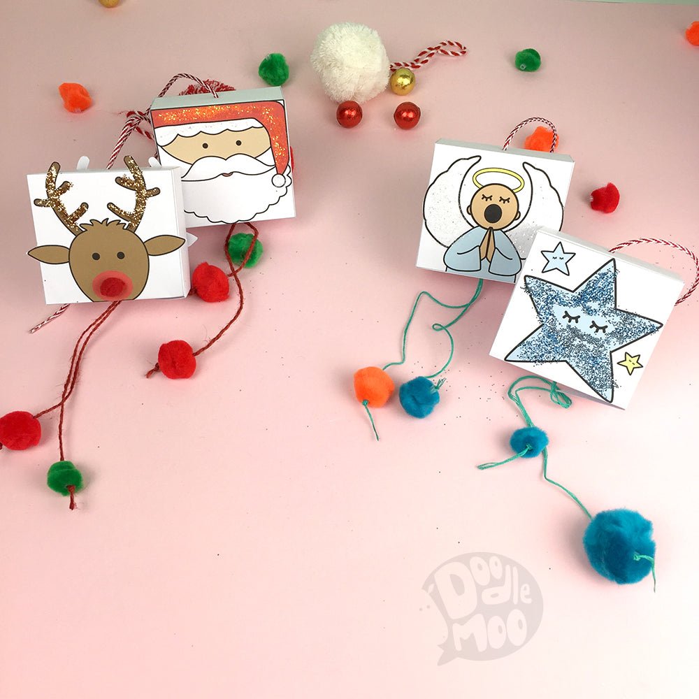 Christmas DIY mini piñatas by doodlemoo
