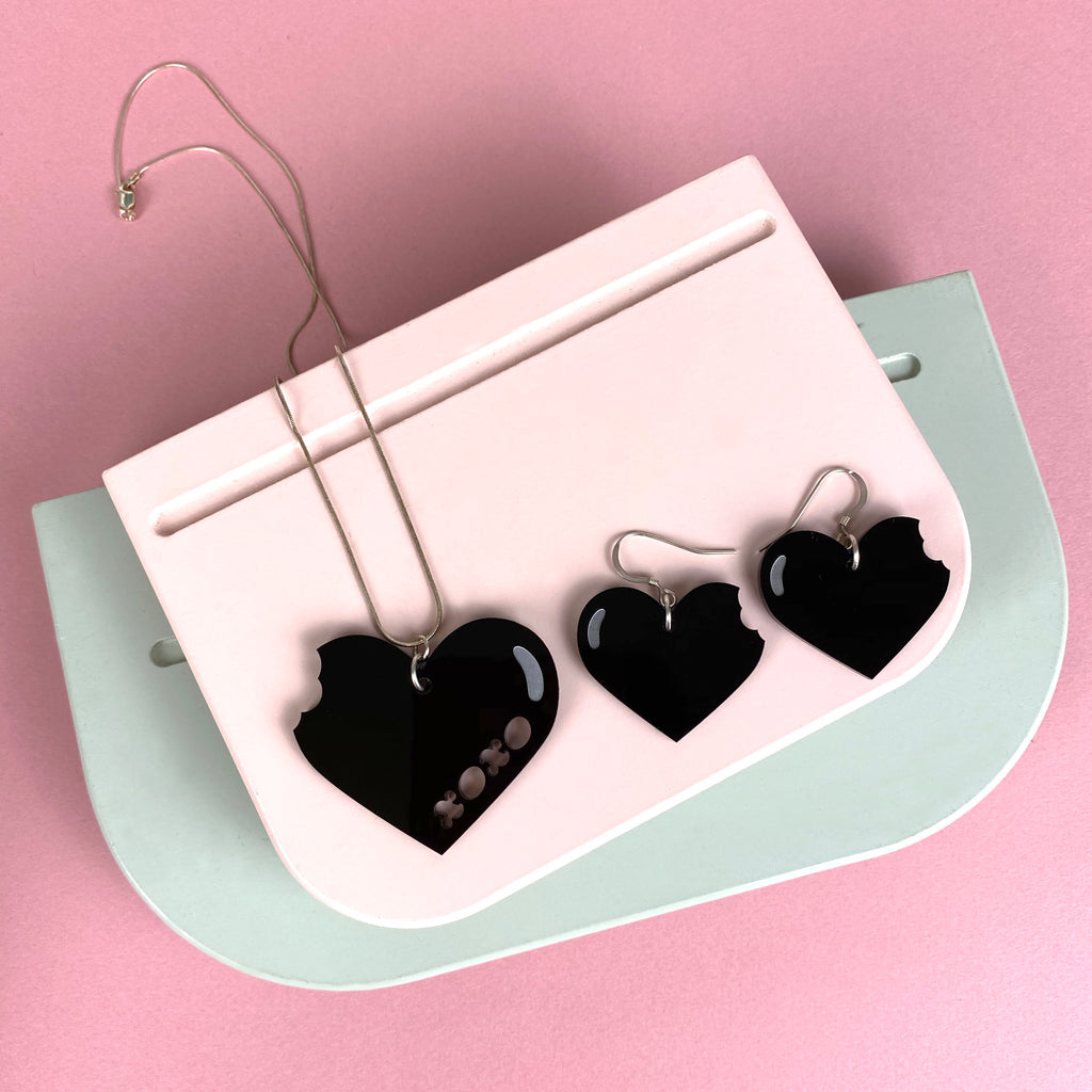 Heart XOXO 'Love Bite' Jewellery set