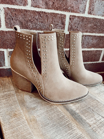 Side Cut Camel Bootie