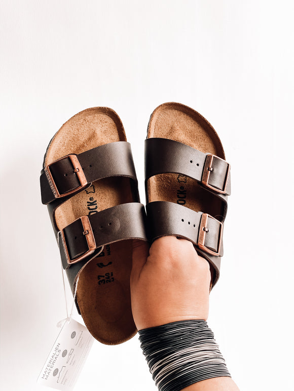 Arizona BS Birko-Flor Birkenstocks | Dark Brown