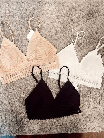Dainty Lace Bralette | Colors