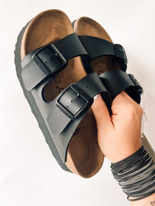 Arizona PAP Chunky Black On Black Sandal | Papillio By Birkenstock