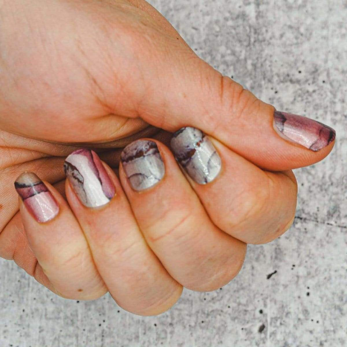 Evil Nails Nail Polish Strips Marbled Mauve