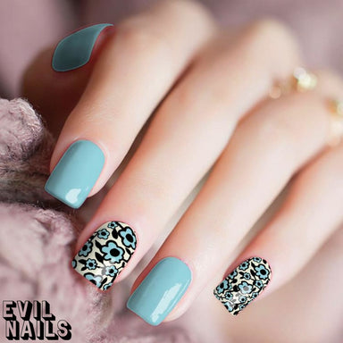 Tiffany Petals (@NailsByMeech) - Nail Polish Strips