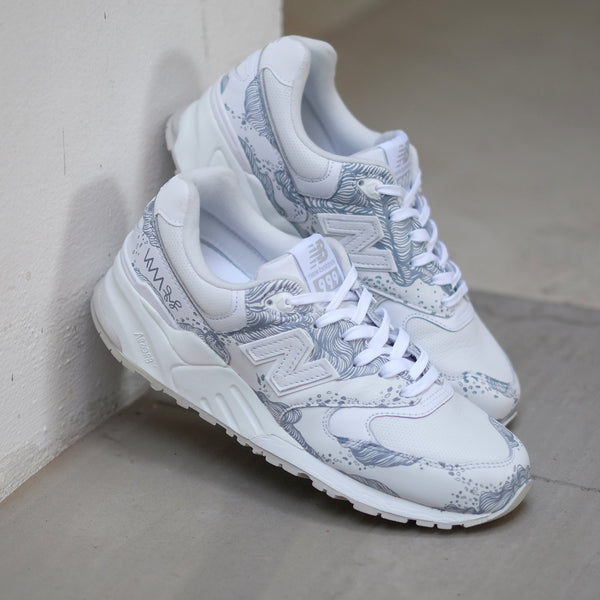 Hypnopompic 2.0 Sole Superior NB999 Wolf Grey Whiteout - meaniemart, pins, patches