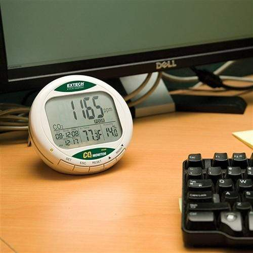 Extech CO210: Desktop Indoor Air Quality CO2 Monitor/Datalogger - anaum.sa