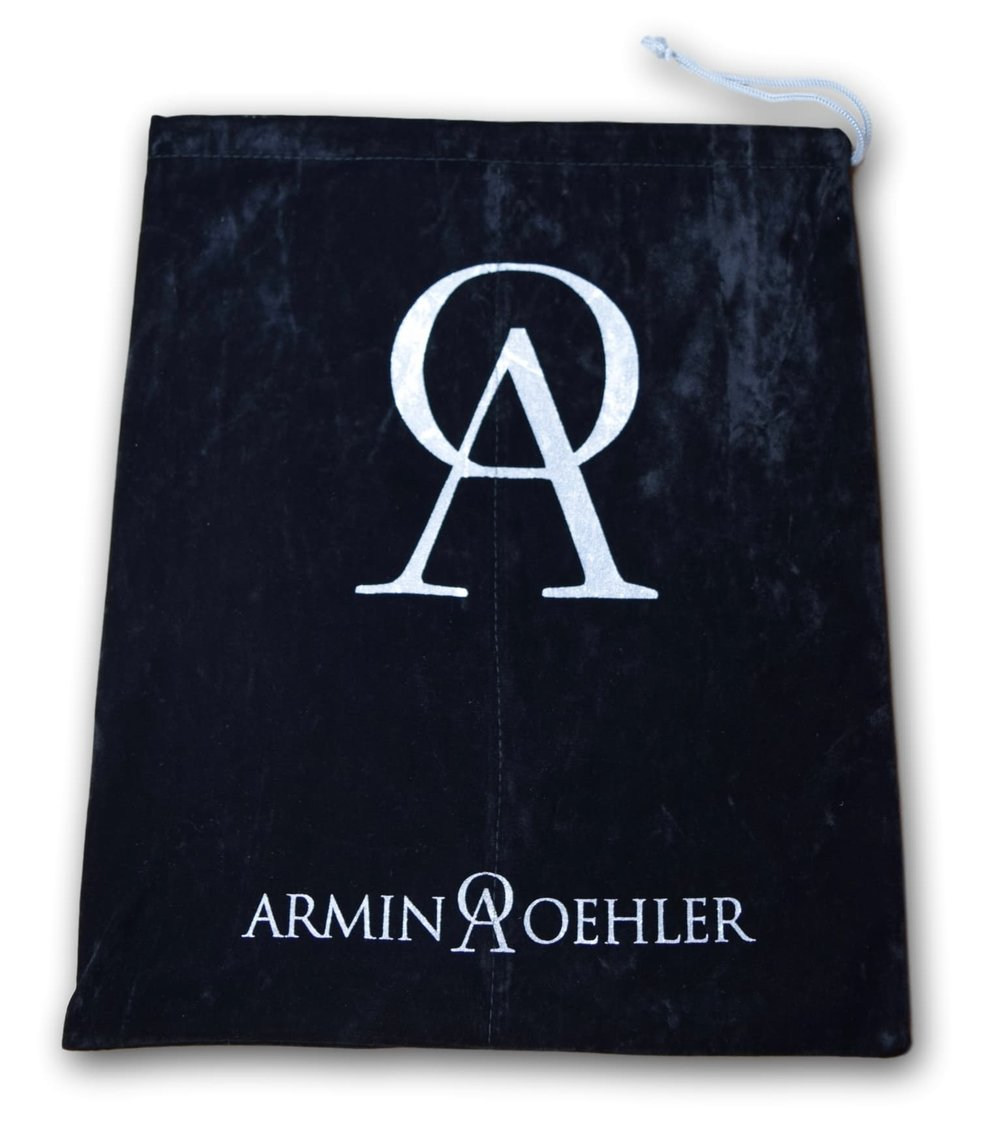 Armin Oehler engineered two pocket velvet shoe bag