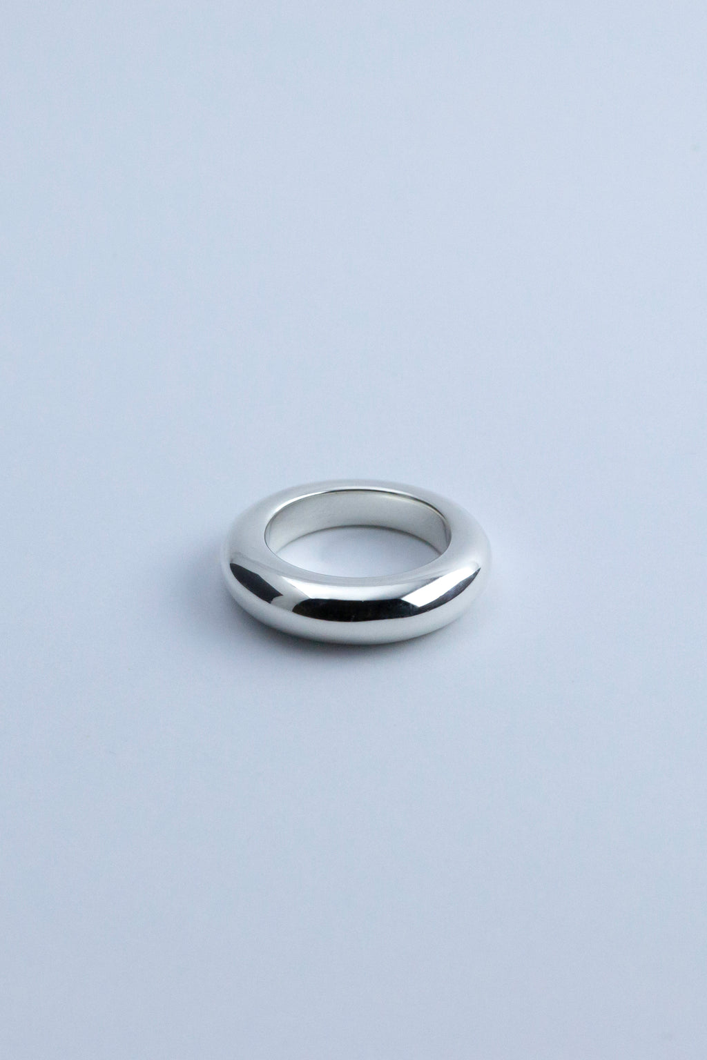 Closed Ring