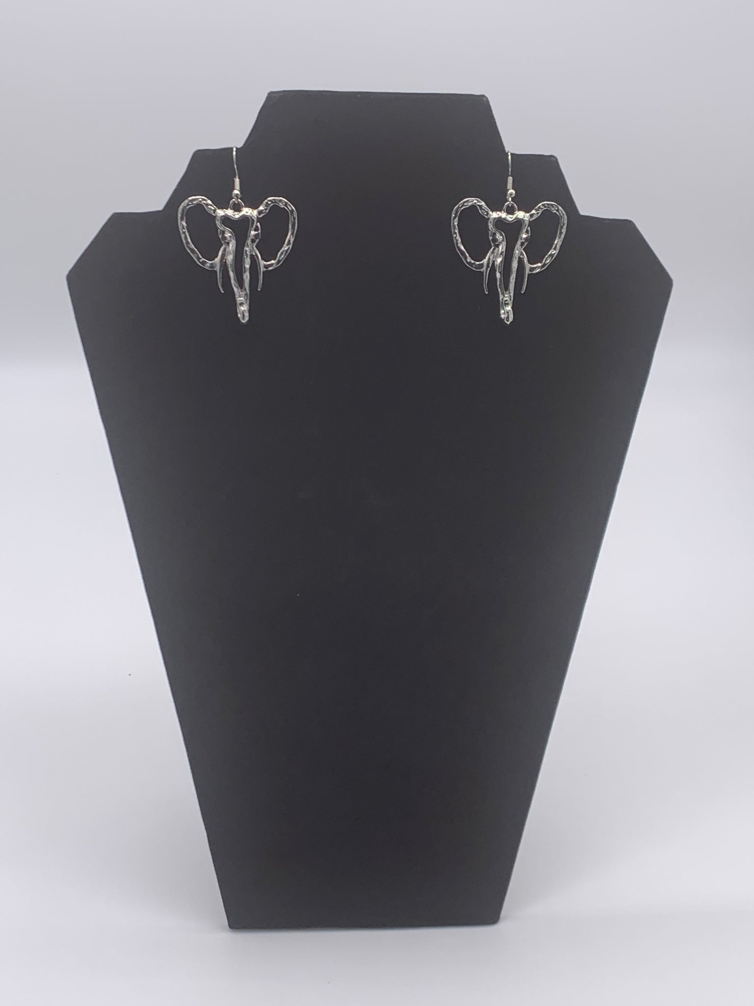 GLAM - On the Edge Elephant Earrings (Silver)