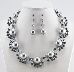 GLAM - Stunning in Silver Necklace Set