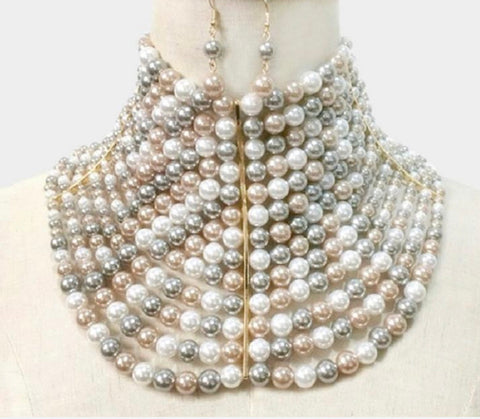 GLAM - Sophisticated Queen Necklace