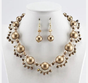 GLAM - Stunning in Gold Necklace Set