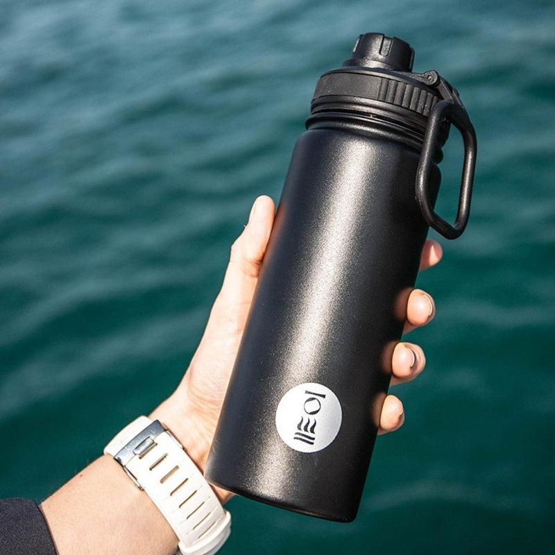 Fourth Element Gulper Insulated Water Bottle 500ml (Rear Close) | Scuba Leeds UK