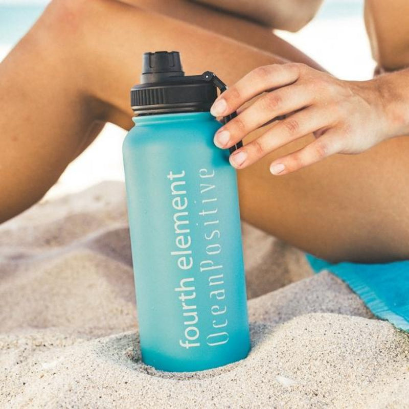 Fourth Element Gulper Insulated Water Bottle 900ml (Lifestyle) | Scuba Leeds UK