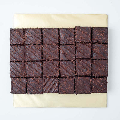 Fudge Brownies - CakeRush