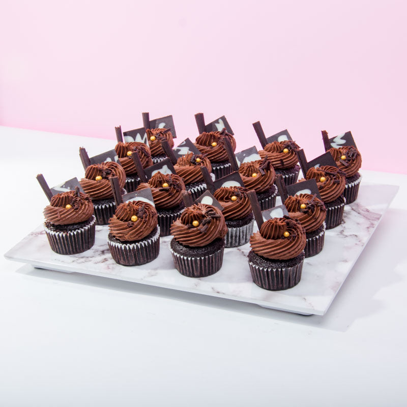 Original Chocolate Cupcakes (16 Pieces) - CakeRush