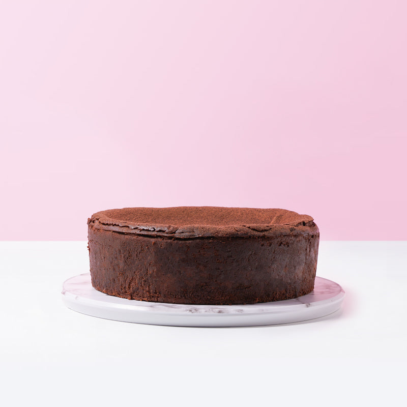 Chocolatey Burnt Cheesecake - CakeRush