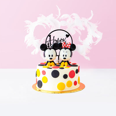 Mickey Mouse in Love Cake - CakeRush
