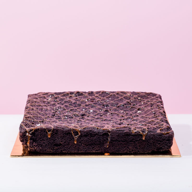 Salted Caramel Brownies - CakeRush
