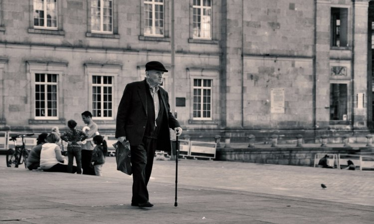 When Do You Know it's Time to Use a Walking Cane?