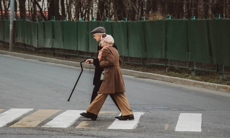 5 Things You Need to Know Before Using Your Walking Cane