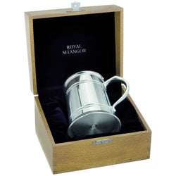 1 Pint Straight Sided Tankard in Wooden Box