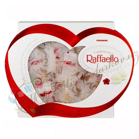 Raffaello in Heart-Shaped Box