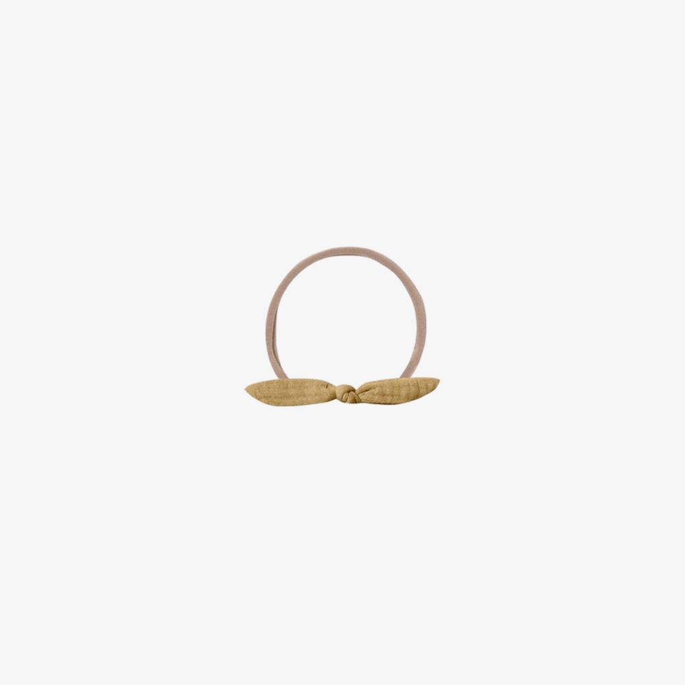 Quincy Mae Little Knot Headband in Honey