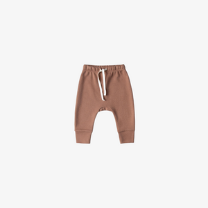 Quincy Mae Drawstring Pant in Clay