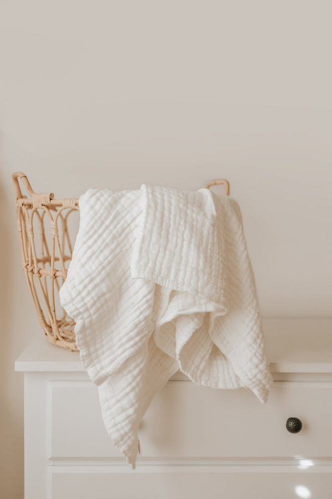 Gauze Blanket in White