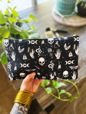 BETWITCHED // COSMETIC ZIP POUCH