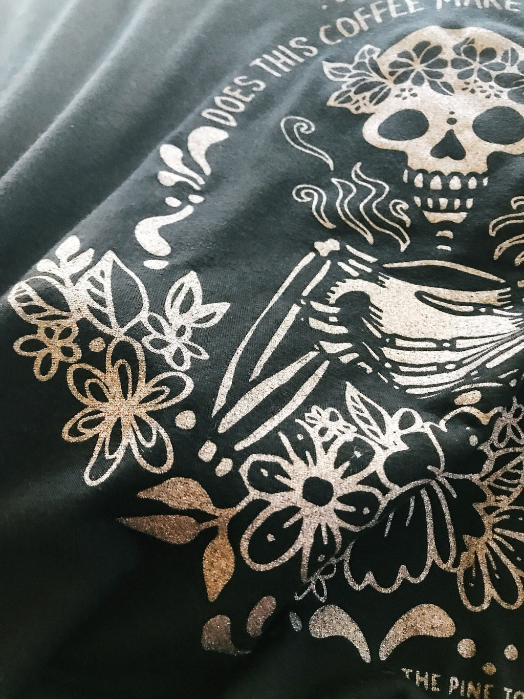 « COFFEE SKELETON » ROSE GOLD SHIMMER SLOUCHY TEE