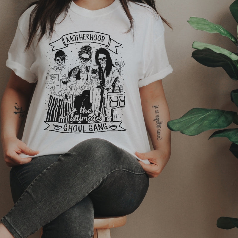 « MOTHERHOOD: THE ULTIMATE GHOUL GANG » UNISEX TEE