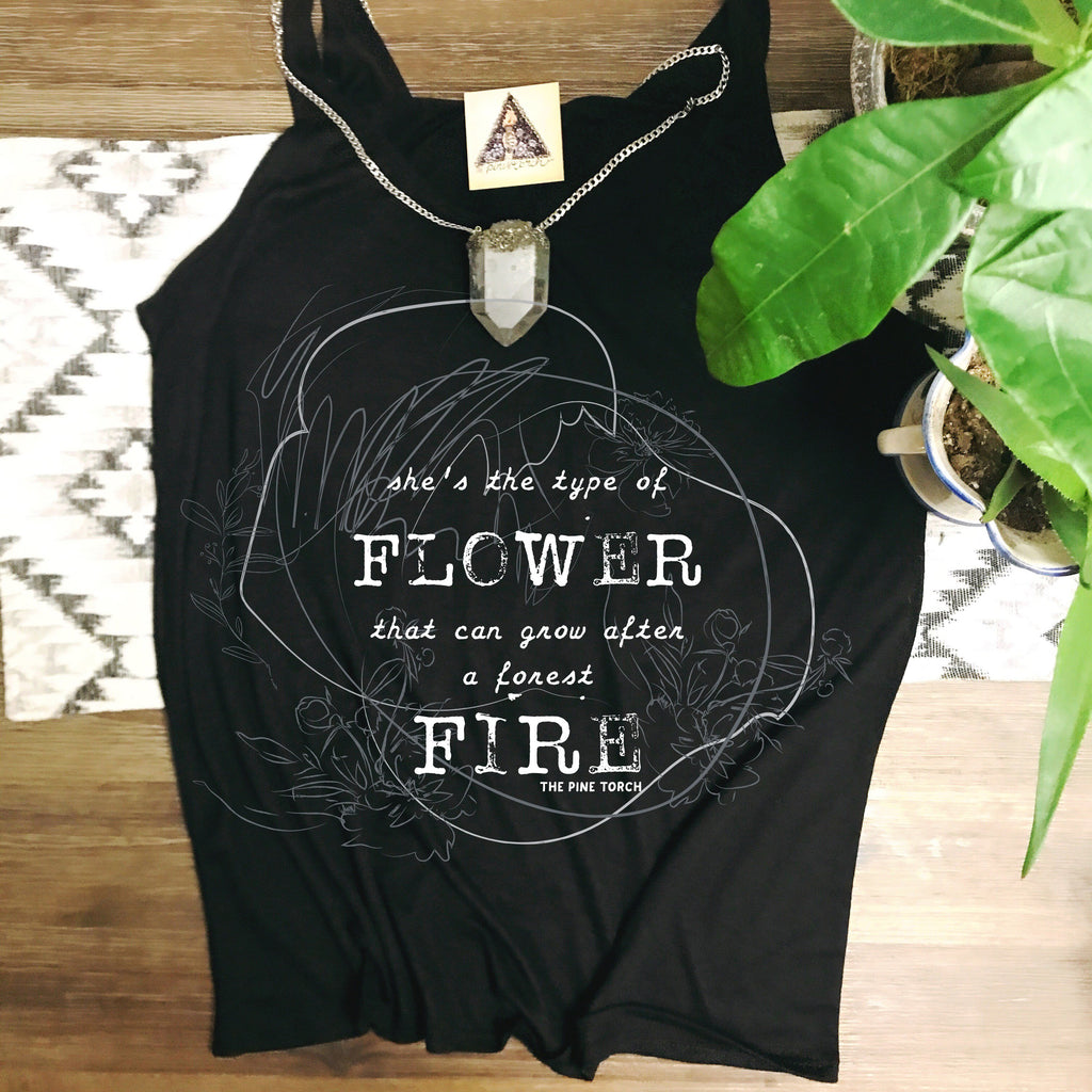« SHE'S THE TYPE OF FLOWER » WOMEN'S SLOUCHY TANK