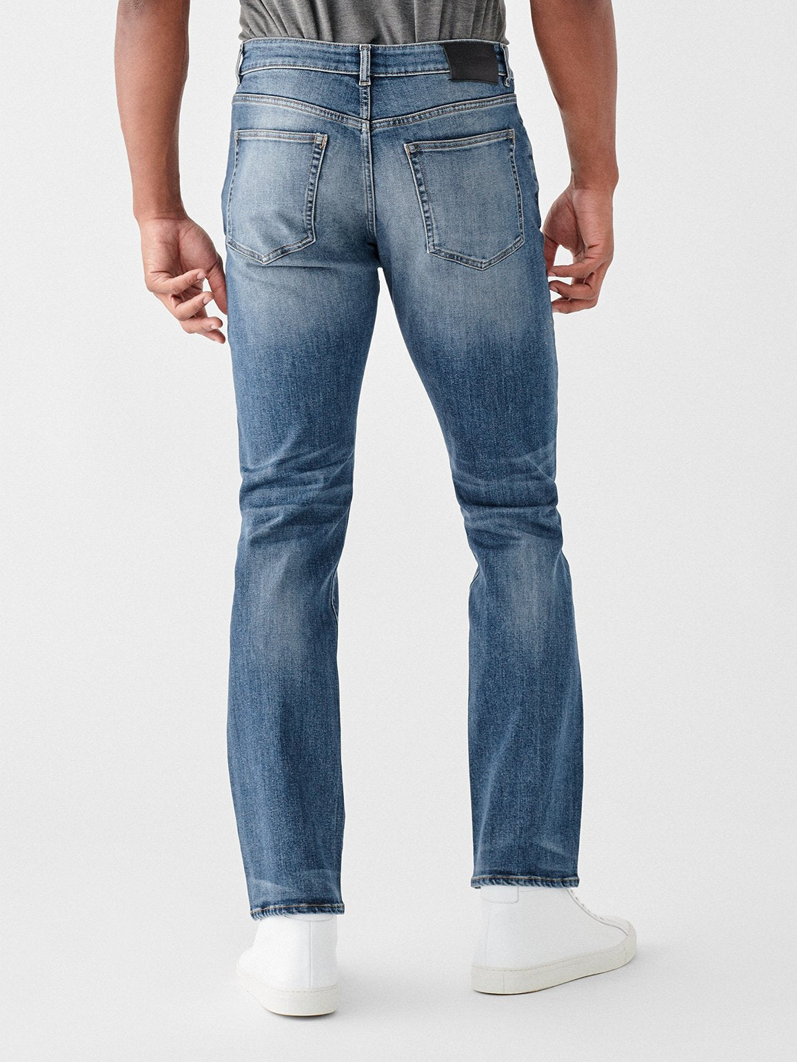 DL1961 Russell Slim Straight Jean In Hint