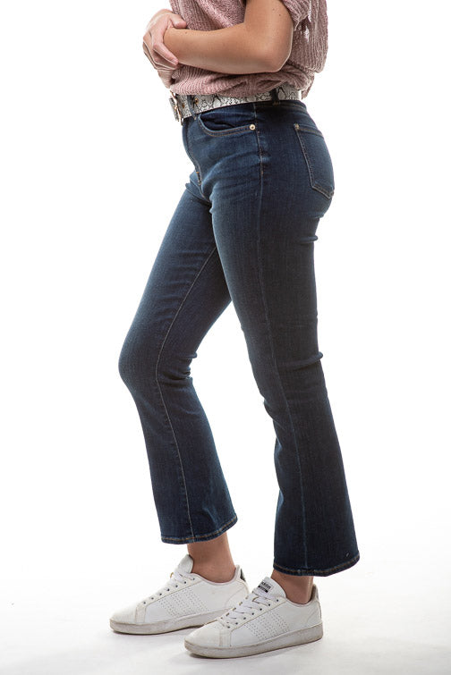7 For All Mankind Hi Waist Slim Kick Jean in Midnight Dark