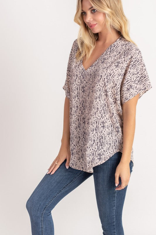 Best V Neck Ever Dotty (more colors)