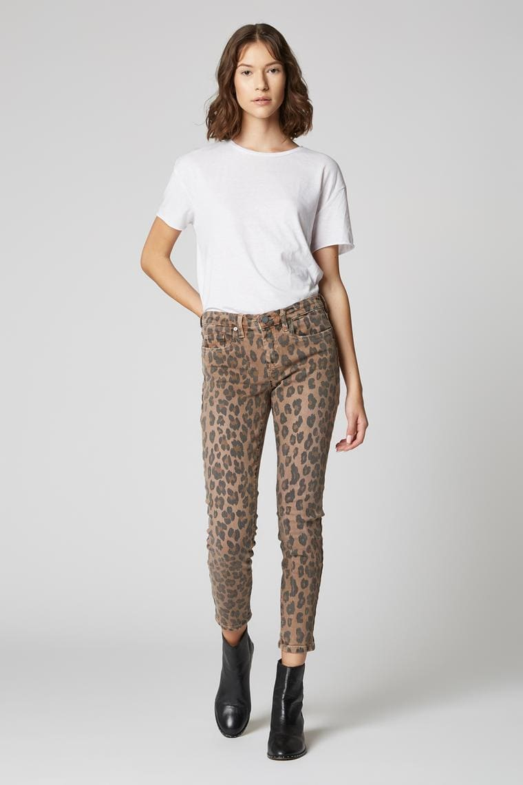 BLANKNYC The Reade Crop Jean In Catwalk 98TD1634