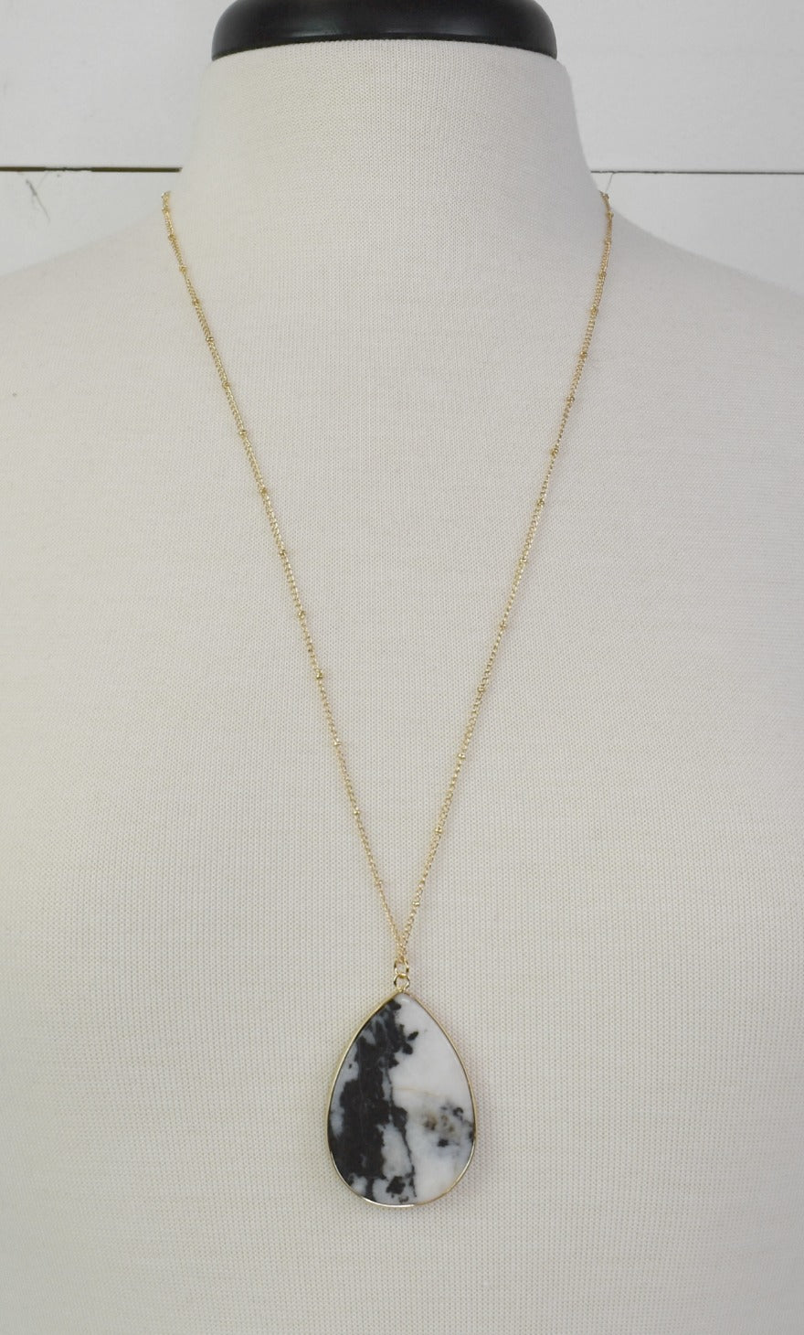 Marble Tear Drop Necklace - Black & White