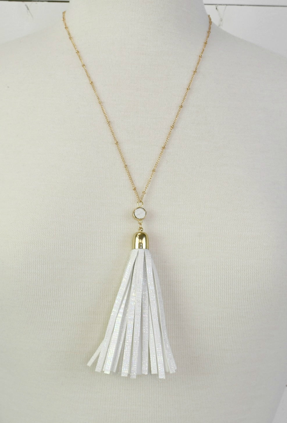 Fun Fringe Necklace - White