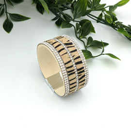 Hannah Cream Zebra with Stone Magnetic Bracelet