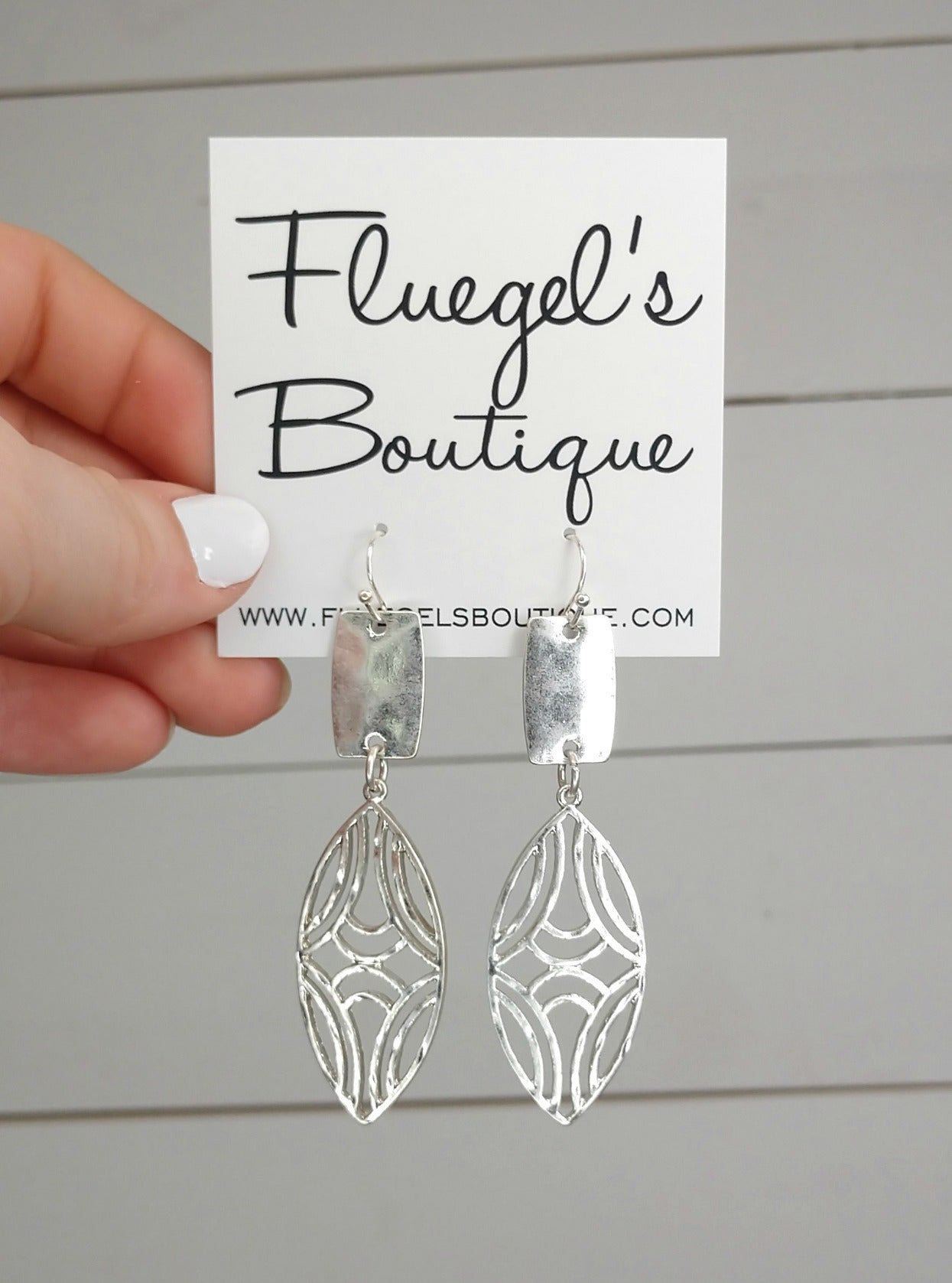 Simple Silver Detailed Earring